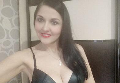 Nackt Cam Live nackte geile Frauen Webcam