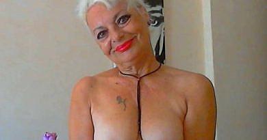 Camgirls nackt Nackte Frauen live Cam