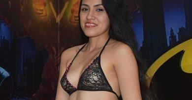 Sexy Hausfrauen nackt – Nackte Frauen live