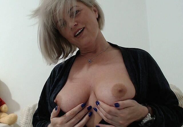 Nackt bilder privat Amateur Porno